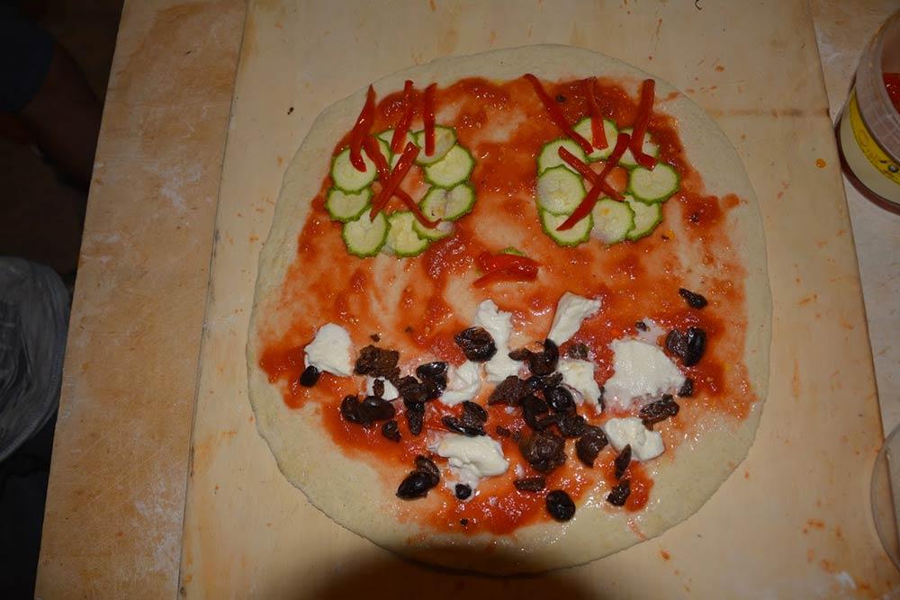 Pizza-Mostro al Fienile delle Avventure